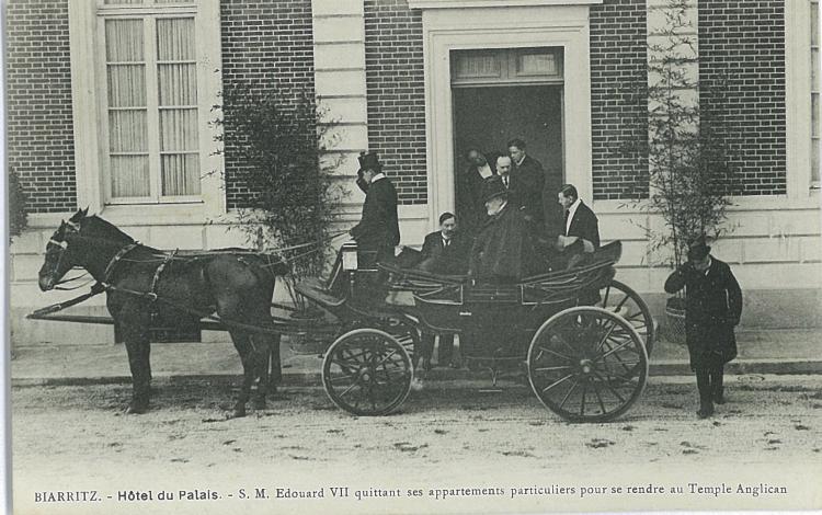 Edouard VII à l'Hotel du Palais. Briques et joints des facades apparents, années 1900
