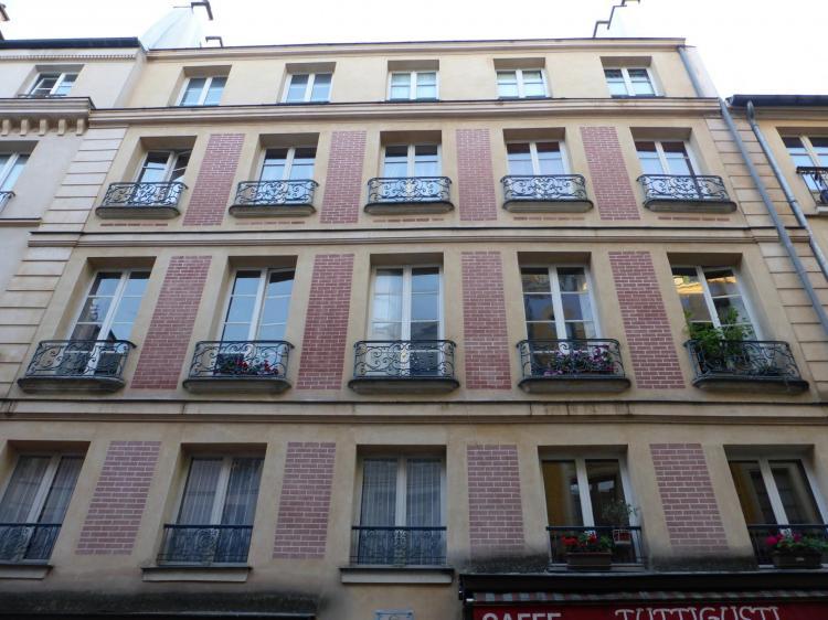 Immeuble XVIIIe, rue de Satory, Versailles, élévation en fausse brique rétablie, cl. Ph. Cachau