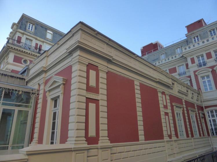 Gabriel Ancelet, nouvelle aile de la villa impériale, 1859-1860, Hôtel du Palais, façade autrefois en brique et pierre, cl. Ph. Cachau