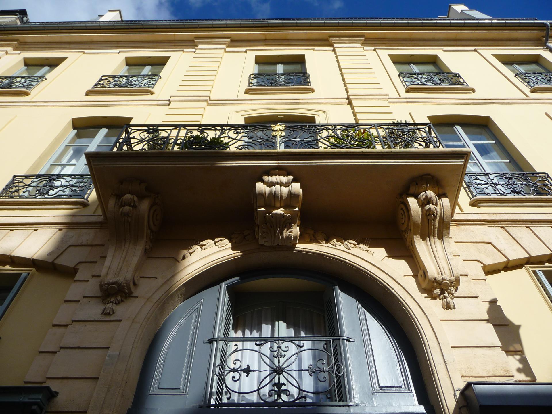 Mansart de Sagonne : Maison de Charité de la paroisse Saint-Louis, rue de l'Orangerie, Versailles,  vers 1757