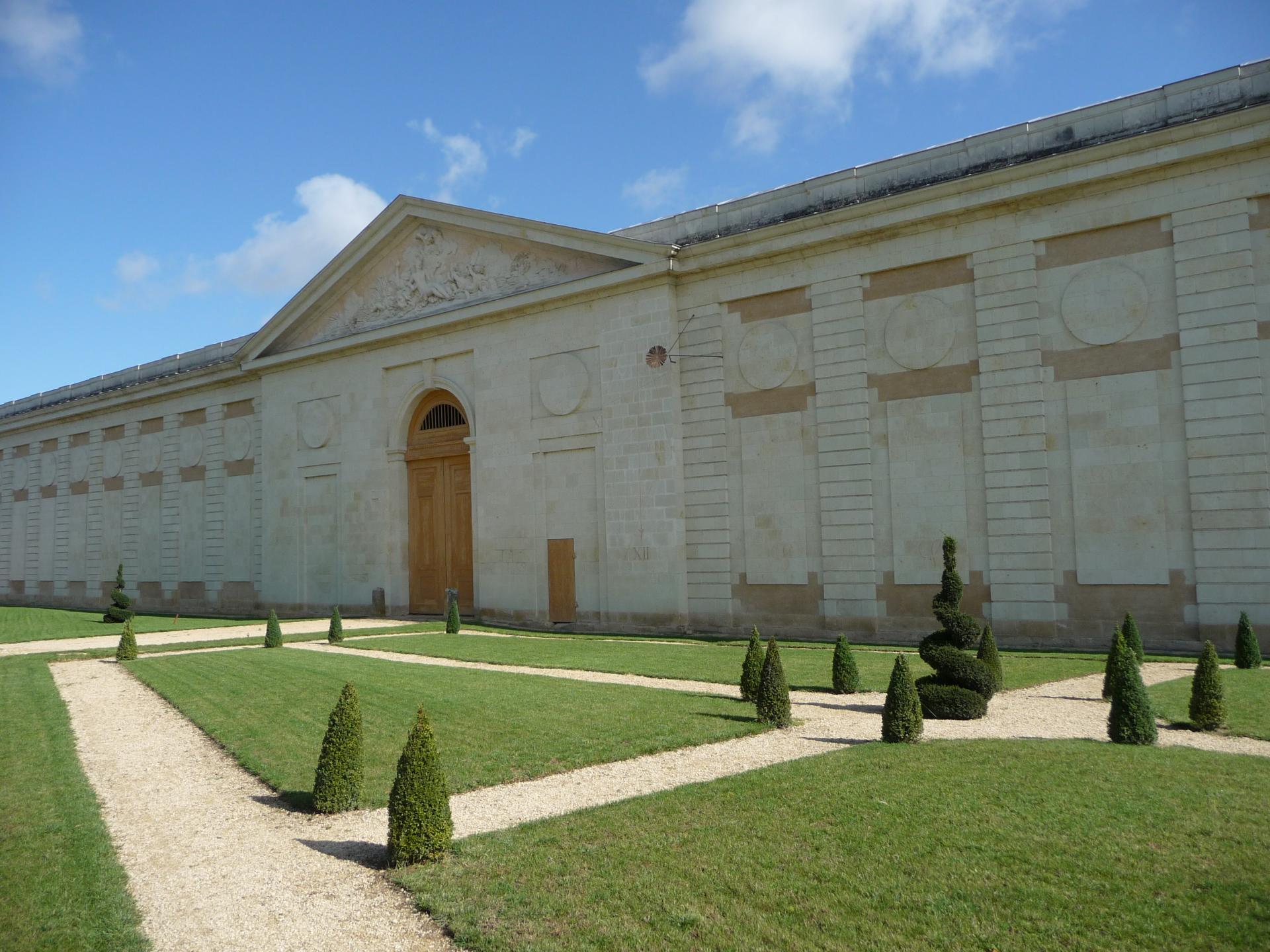 Charles De Wailly, Grange-écurie des Ormes, 1766-1768