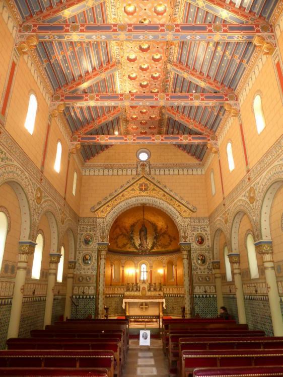 Nef de Notre-Dame de Guadalupe, chapelle impériale, Biarritz, 1865, cl. Ph. Cachau
