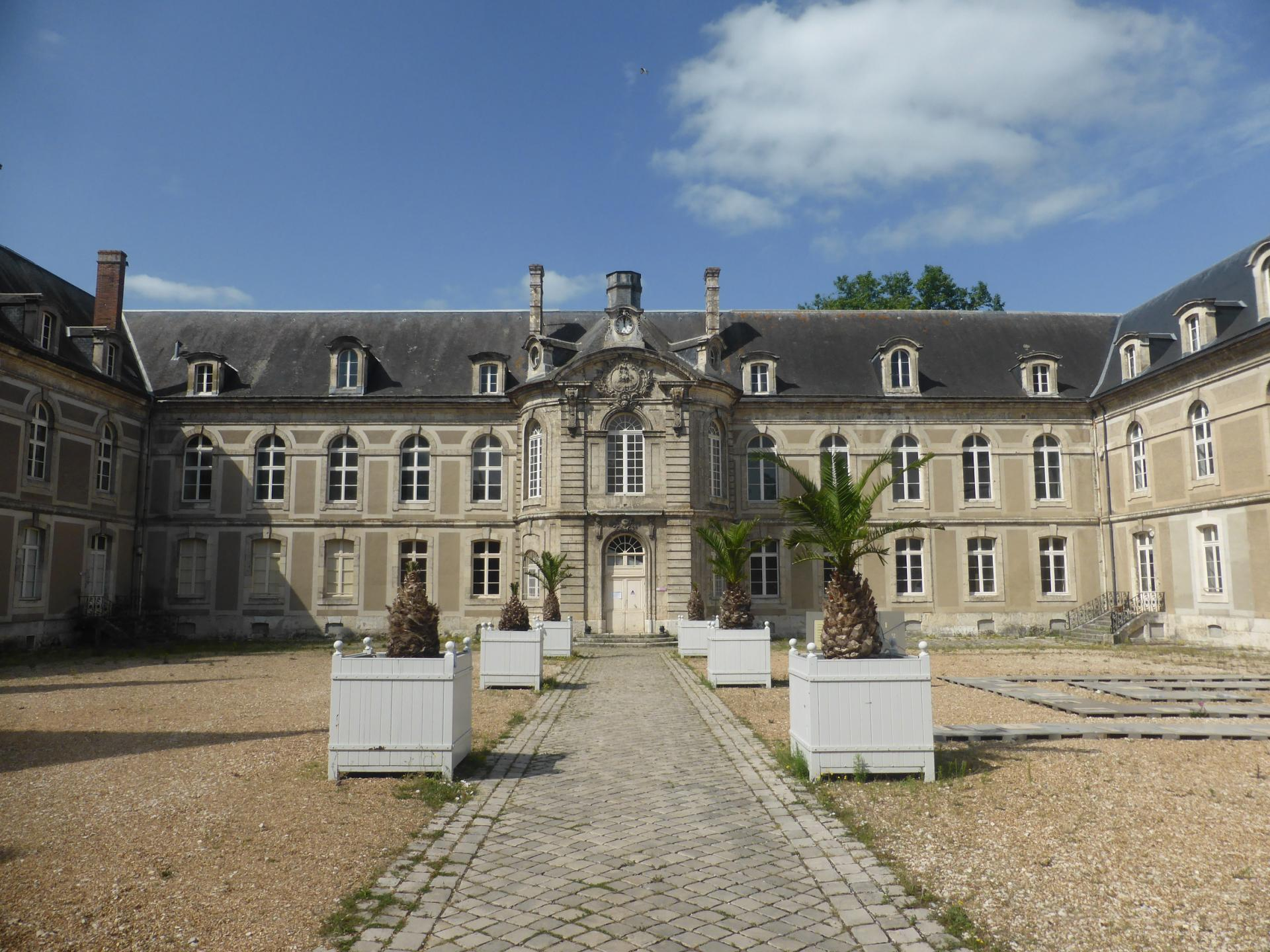 Châteaudun, Hôtel-Dieu, milieu XVIIIe, cl. Ph. Cachau