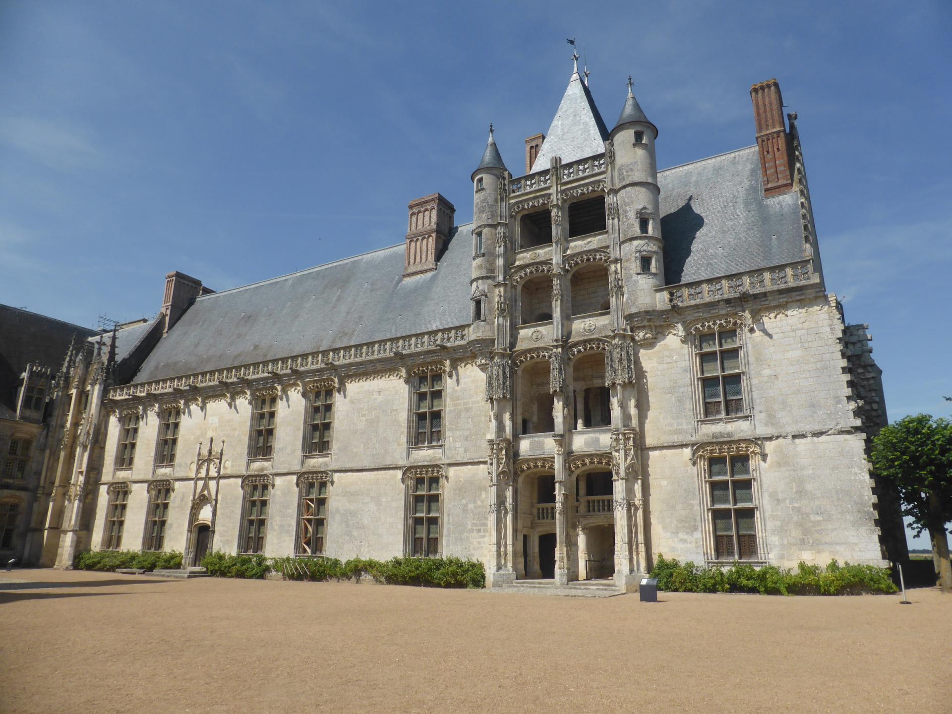 Châteaudun, château, aile des Longueville, 1518, cl. Ph. Cachau